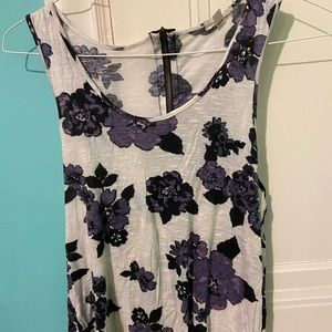 Super relaxed floral tank